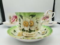 ROYAL ALBERT BONE CHINA 3 PC SET OF TEA CUPS AND SAUCERS ALMOST PRISTINE NEW