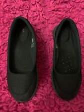 Girls shoes(Youth) color: black, comfortable, size 8, Skechers , formal, style