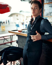 James McAvoy UNSIGNED photo - D882 - SEXY!!!!!