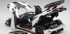 AUTOART 1/18 KOENIGSEGG 1 ONE 2014 WHITE CARBON BLACK ART. 79016