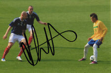 Alan Hutton, Scotland, Rangers, Spurs, Aston Villa, signed 6x4 photo. COA.