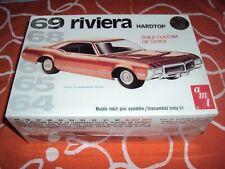 Maquette Buick Riviera 1969 Amt 1/25 neuve sous plastique