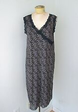 NWT Old Navy Maternity Purple Lilac Tiny Floral Stretchy Dress Black Lace Trim L
