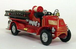 Matchbox Yesteryear - YFE01 1920 Mack AC Diecast model Fire Truck