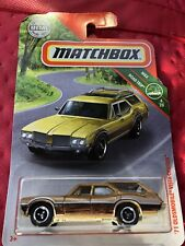 '71 Oldsmobile Vista Cruiser Gold Wood Station Wagon 2019 Matchbox Road Trip Car