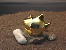 KCG Sparhai Gold-Hai 11 x 13 cm Geschenkverpackung / Spardose Sparschwein