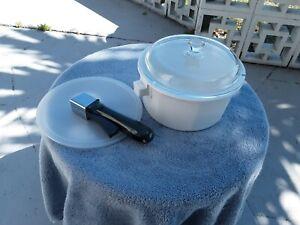 Princess House Nouveau White Ceramic 2 Quart Sauce Pot W/ Lids green handle