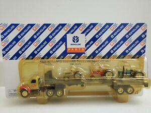 New Holland vintage tractor trailer set 1/64 Rare