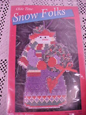 Cross Stitch Kit Olde Time Snow Folks Holly Snow Yarn Tree Perforated Paper