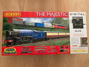 "HORNBY R1172 ""THE MAJESTIC"" DCC DIGITAL OO GAUGE TRAIN SET ***RARE***"