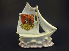 La Cina del modello di una vela barca con Herne Bay Crest: ca. 11 cm di lunghezza, 11.5 cm di alta