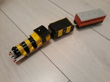 Thomas Trackmaster Bumble Bee James train with carriage, battery operated. Rare