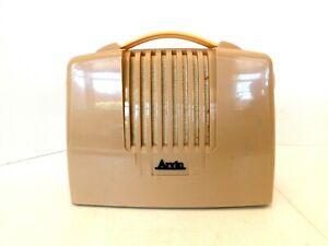 VINTAGE 1950s NICE ARVIN TAN COLOR ANTIQUE OLD PORTABLE TUBE RADIO NO CRACKS