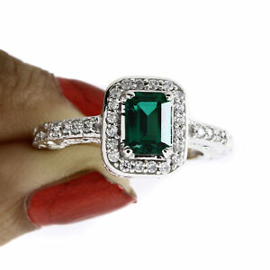 Green Emerald and Natural Diamond Wedding Engagement Solid 10K Gold Ring