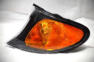 Front Side Black Trim Turn Signal Light Lamp Driver Side For 2002-2005 325i 330i