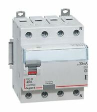 4P 25 A, RCD Switch, Trip Sensitivity 30mA, DIN Rail Mount 4117