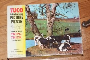 Vintage TUCO Interlocking Picture Puzzle Over 250 trippl-thick pieces No 950-A