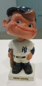 Vintage 1961 White Base New York Yankees Baseball Bobblehead