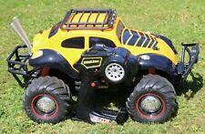 JADA TOYS 1:12 R/C VOLKSWAGEN BEETLE TRANSFORMERS BUMBLEBEE CAR with Remote