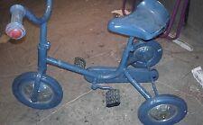 Tricycle ancien enfant Voiture ancienne à pédale Vélo ancien
