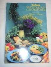 Oxfam Vegetarian Cookbook: Over 170 Favourite Recipes from Celebrity Contribut,