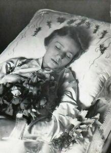 Antique Post Mortem Funeral Photo 230b Odd Strange & Bizarre