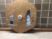 "Longaberger 10"" Generations Basket Snowman Decorated Wood Lid White Knob"
