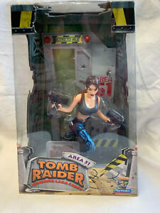 Playmates Area 51 Tomb Raider Lara Croft Action Figure NIB #72003 Toy Core Eidos