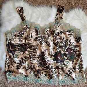 Karen Kane Lifestyle Women's silk Floral Flat Strap Camisole Blouse Plus Size 3X