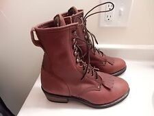 MENS OIL RESISTANT LEATHER UPPER BROWN BOOTS.SIZE 8.5D RB1400