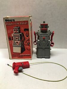 VINTAGE 1960'S IDEAL'S 'ROBERT THE ROBOT' REMOTE CONTROL ROBOT WITH BOX