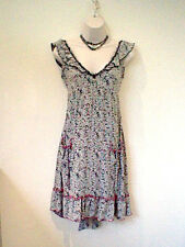 River Island casual floral v neck knee length sleeveless dress Size 8  Eur 34