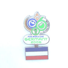 FIFA WM 2006 - Germany - Serbien Pin Badge Fussball Worldcup 06 #1011