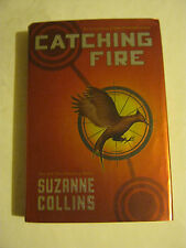 Suzanne Collins - The Hunger Games book 2, Catching Fire (2009 h-back) (GS27-10)