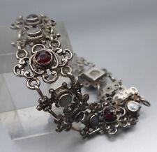 Sehr schön gearbeitetes Armband Silber 800, Granat, Perlmutt