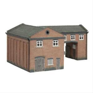 Graham Farish 42-0086 Scenecraft Industrial Gate House (Pre-Built)