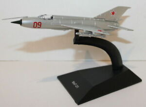 1:120 Scale Diecast Russian Fighter Plane Model - Mikoyan-Gurevich MiG-21 USSR