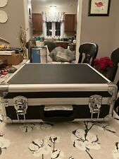 Locking aluminum carrying case - 16 X 15 X 6