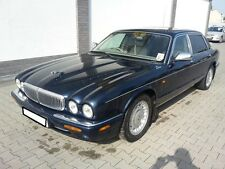 La Daimler Jaguar XJ8 4.0 3.2 rottura per ricambi