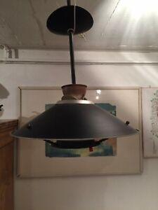 Gaslampe mit Schraubglühstrumpf
