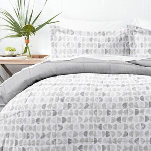 Home Collection Down Alternative Moonlight Stars Reversible Comforter Set