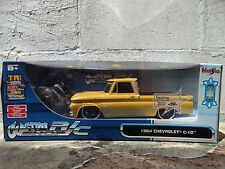 Maisto 1964 Chevy C-10 Custom Shop R/C Lowrider Pickup Truck 1:16 Scale w/Remote