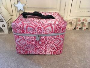 NEW Jonathan Saunders⭐️SOAP AND & GLORY⭐️BIG VANITY BAG⭐️Make up Cosmetic CASE