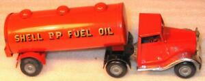 """TRI-ANG MINIC CLOCKWORK No31M ARTICULATED """"SHELL-BP""""TANKER GREEN & RED GOOD"""