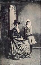 ORIG VICTORIAN Tintype /  Ferrotype Photo c1860's MOTHER & DAUGHTER PORTRAIT