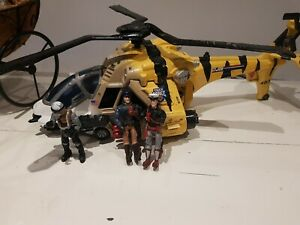 gi Joe. helicopter.tiger force.2002. hasbro. 3 figures included.