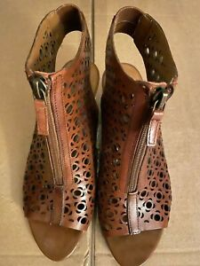 Franco Sarto Cut Out/Perforated Leather Zip-Front Wedge Heel Sandals