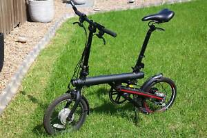 Xiaomi Qicycle Black Commuter Folding Electric Bike with extras