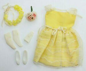 Vtg Barbie Skipper FLOWER GIRL Outfit #1904 Dress Bouquet Headband Shoes Socks