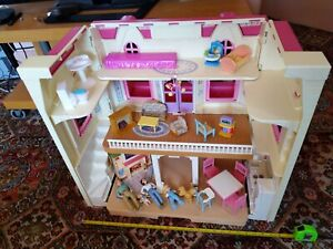 Loving Family BIG DOLL'S DREAM HOUSE Dad Mom Sister Baby Dog FURNITURE Mixed LOT